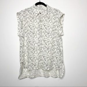 Alexis Boyfriend Sleeveless Button Front Top M
